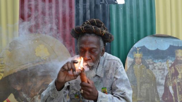 雷鬼传奇人物兔子怀勒在牙买加去世,享年73岁