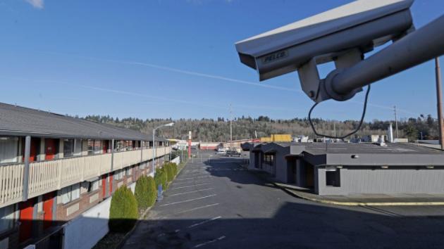 """美国指控瑞士""""黑客行动主义者""""窃取和泄露数据"""