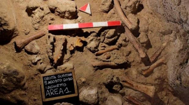 考古学家在罗马附近发现了9具尼安德特人的遗骸